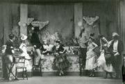 Bar aux Folies-Bergère (de Valois, 1934). Photographer unknown. RDC/PD/01/71/1