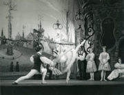 Coppélia (Ivanov/Saint-Léon, 1894/1957): Lucette Aldous as Swanilda, Kenneth Bannerman as Franz in Act III. Photo © J.D. O'Callaghan. RDC/PD/01/169/1