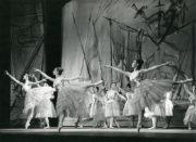 Don Quixote (Gorsky/Zakharov, 1940/1962): Act III. Photo © J.D. O'Callaghan. RDC/PD/01/181/2