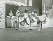 Façade: His Majesty's Theatre, Melbourne, 1948. Photo © Jean Stewart. RDC/PD/01/46/3