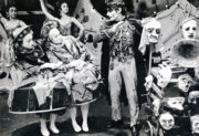 Laiderette (MacMillan, 1954/1955): Amanda Knott and Mary Willis as Pierrots, Dries Reyneke as Mask Seller, 1966 revival. Photo © J. Barry Peake. RDC/PD/01/164/2