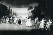 Night Shadow (Balanchine, 1946/1961). Photo © Iliffe, Allegro Photographic Studios. RDC/PD/01/178/2